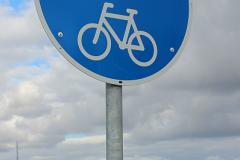 09_Skilt, fodgængere og cyklister