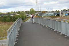 12_Racer på motorvejsbroen
