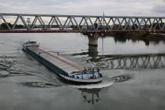 Fragtskib på Rhinen ved Kehl/Strasbourg