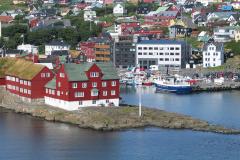 05_Tòrshavn. Tinganæs med Landsstyret
