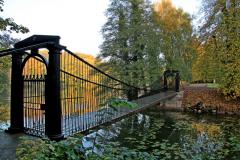 06.Hængebroen til Brahesborg